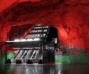 Самые красивые в мире станции метро Стокгольма